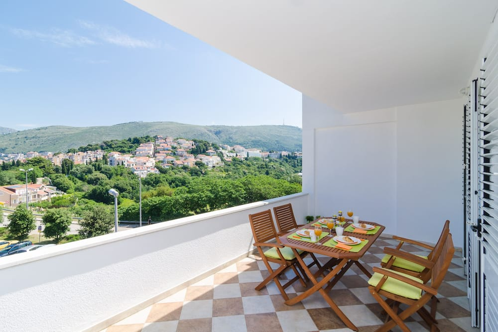 Apartmán (One Bedroom Apartment with Balcony) - Balkón