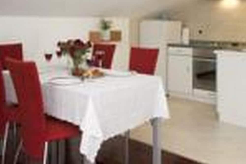Apartmán (One Bedroom Apartment with Sea View () - Stravovanie v izbe