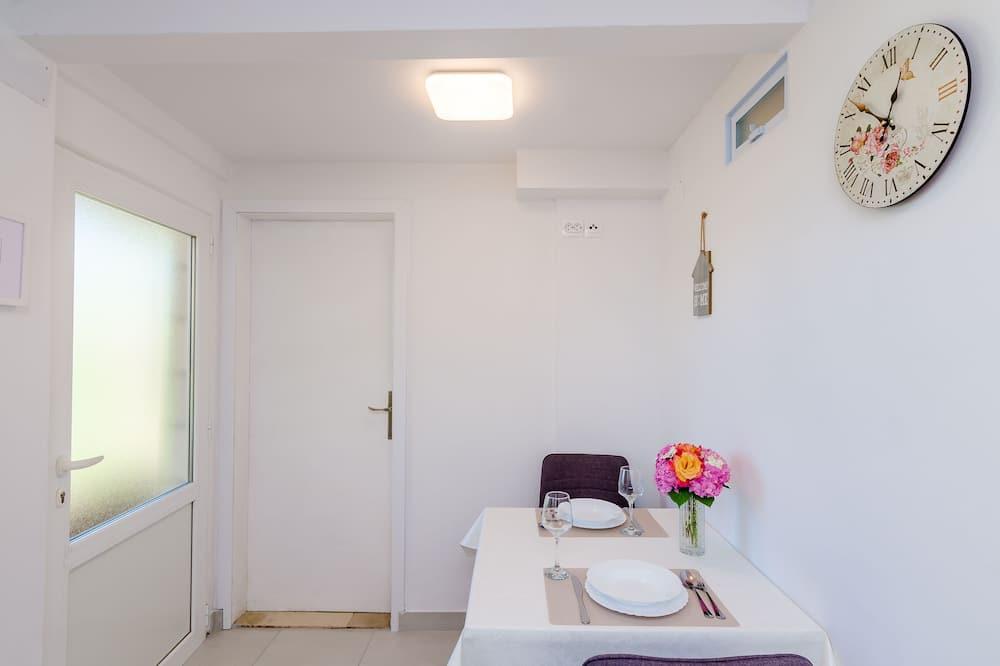 公寓 (Comfort One Bedroom Apartment) - 客房送餐