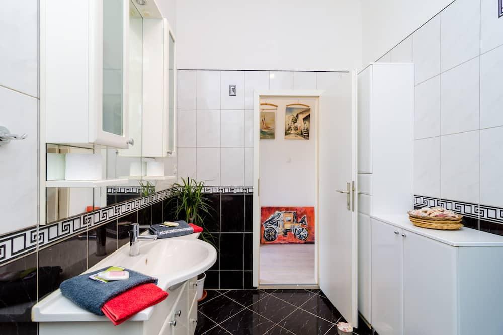 Štúdio (Comfort Studio Apartment with Terrace) - Kúpeľňa