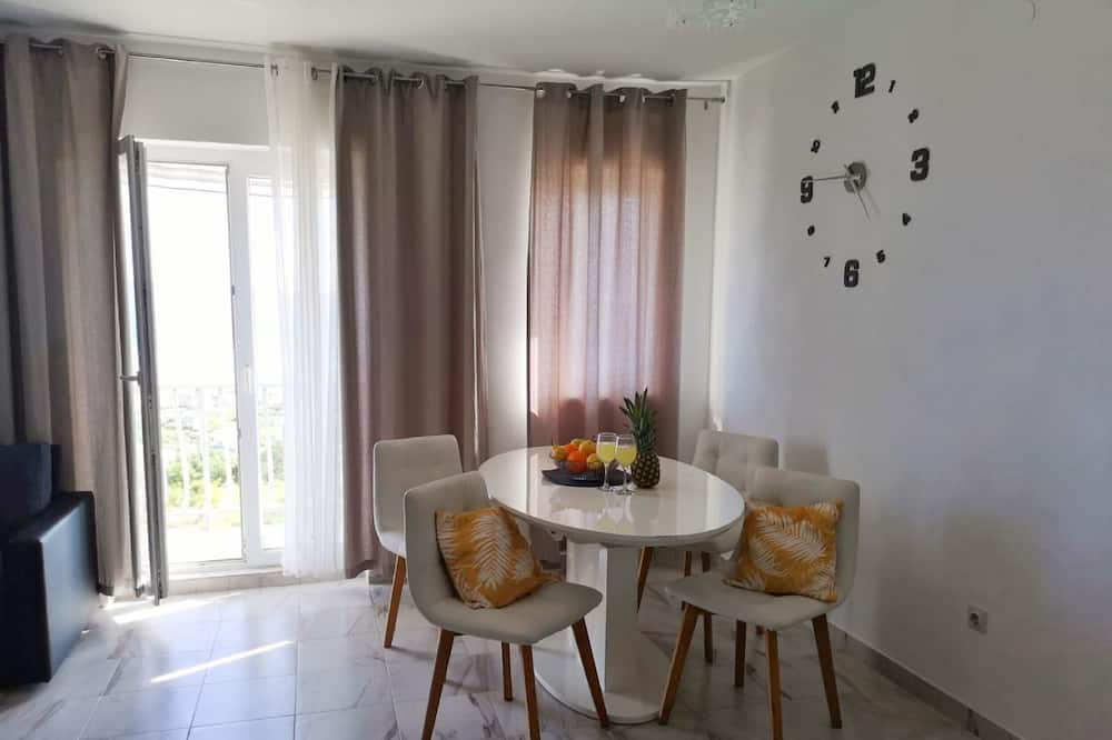 Apartmán (Two Bedroom Apartment with Sea View T) - Stravovanie v izbe
