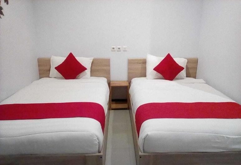 Raka Residence Banyuwangi By ZIRI, Kradenan, Kamar Twin Deluks, Kamar Tamu