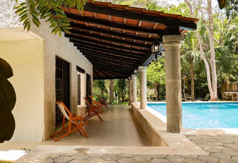 Hacienda Mexicana , Cancun, Luxury Villa, Terrace/Patio