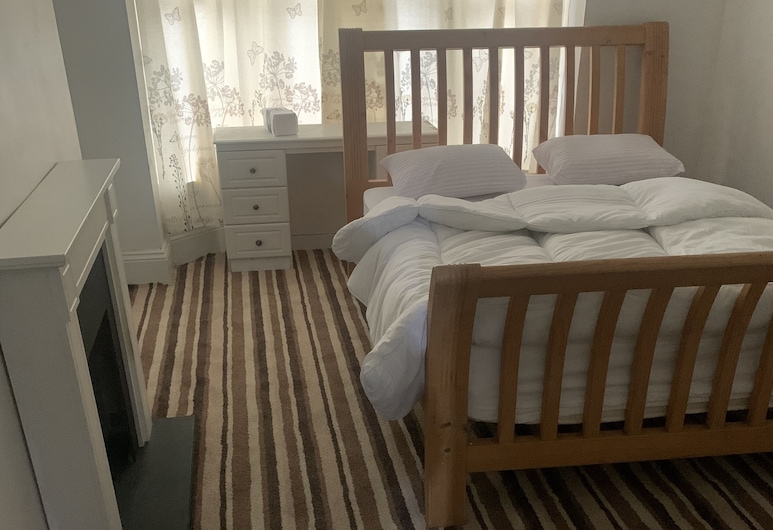 Lovely 1-bed Apartment in Leeds, Leeds, Apartment, 1 Queen Bed, Room