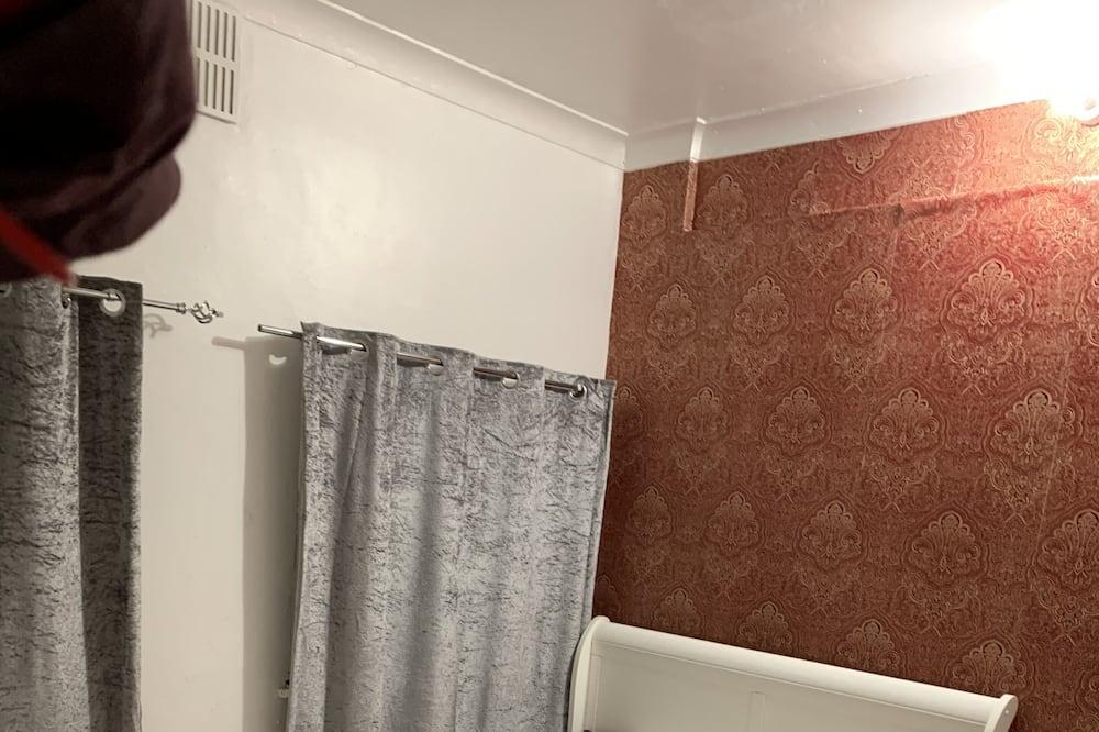 Apartmán, 1 veľké dvojlôžko - Izba