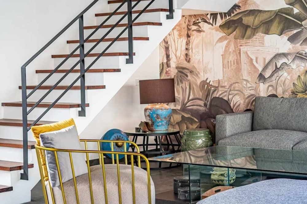 Vila typu Basic, viacero postelí - Obývačka