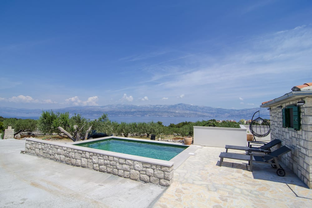 Dom (Holiday Home with Outdoor Pool and Se) - Bazén