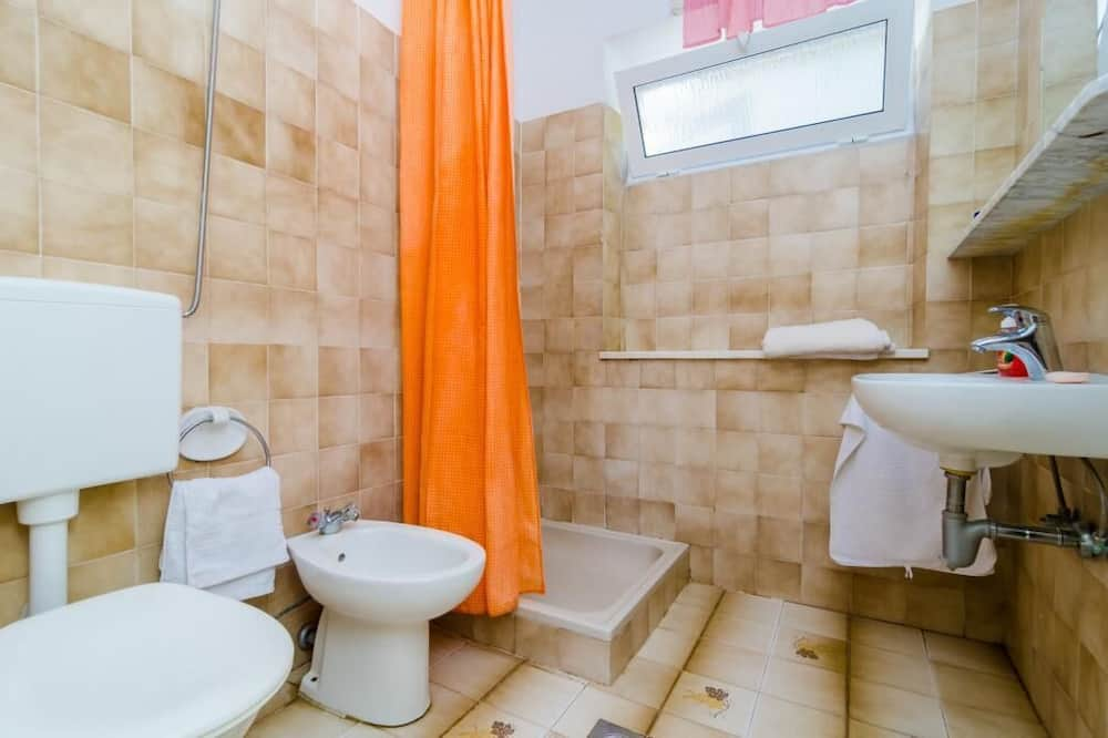 Dvojlôžková izba (Double Room) - Kúpeľňa
