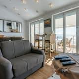 Studio (A1) - Living Room