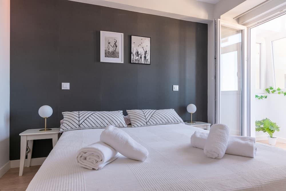 Apartemen, 3 kamar tidur, smoking, dapur - Kamar