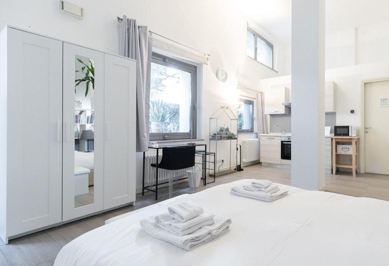 Italianway - Achille Grandi 33, Bresso, Apartment, Patio, Ground Floor, Room