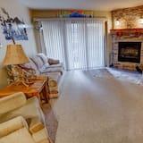 Soukromý byt, 2 ložnice - Obývací pokoj