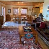 House, 5 Bedrooms - Bilik Rehat
