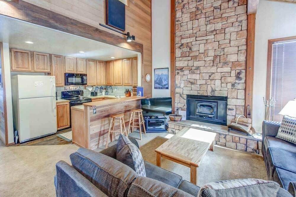 Apartman, Više kreveta (Canyon Ski & Racquet #1) - Dnevna soba