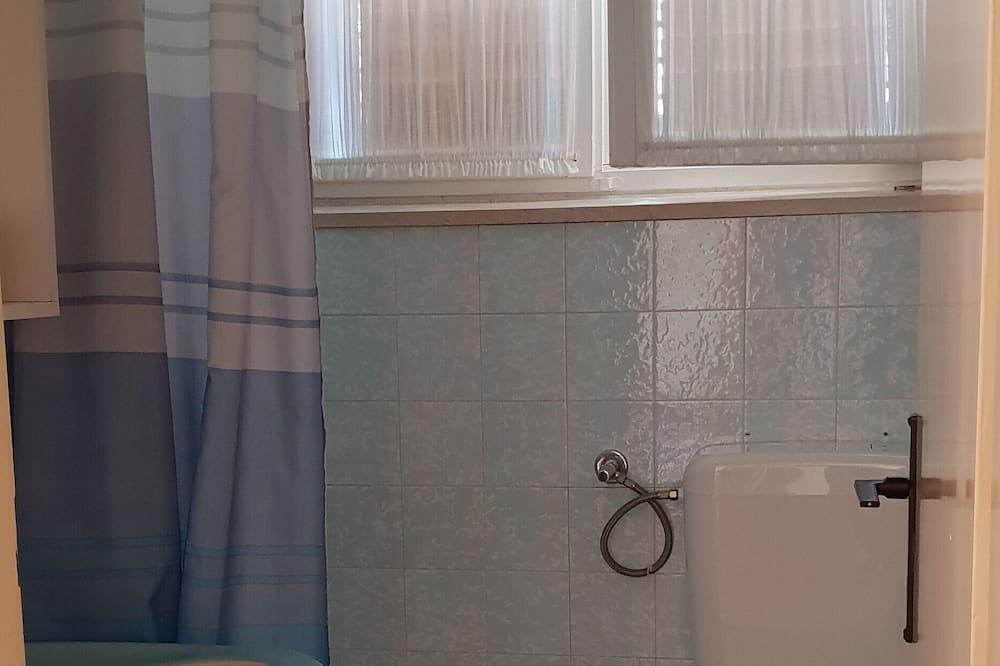 Departamento (Three Bedroom Apartment with Sea View) - Baño