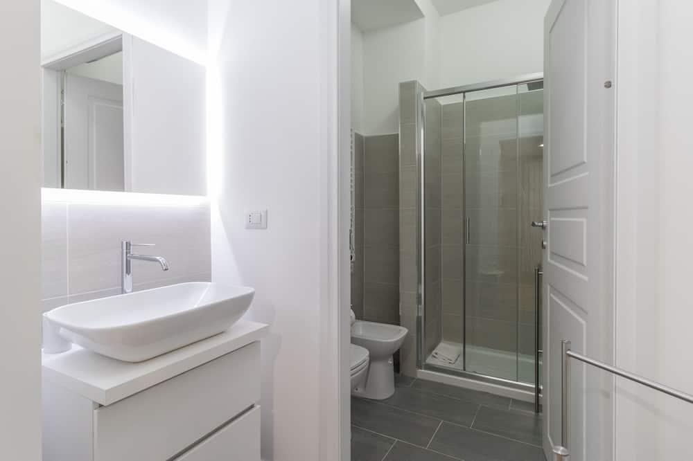 Apartment, Nichtraucher, Kochnische - Badezimmer