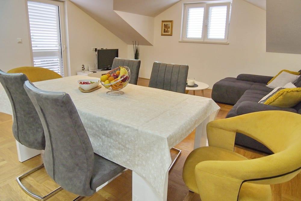 公寓 (Two Bedroom Apartment) - 客房內用餐
