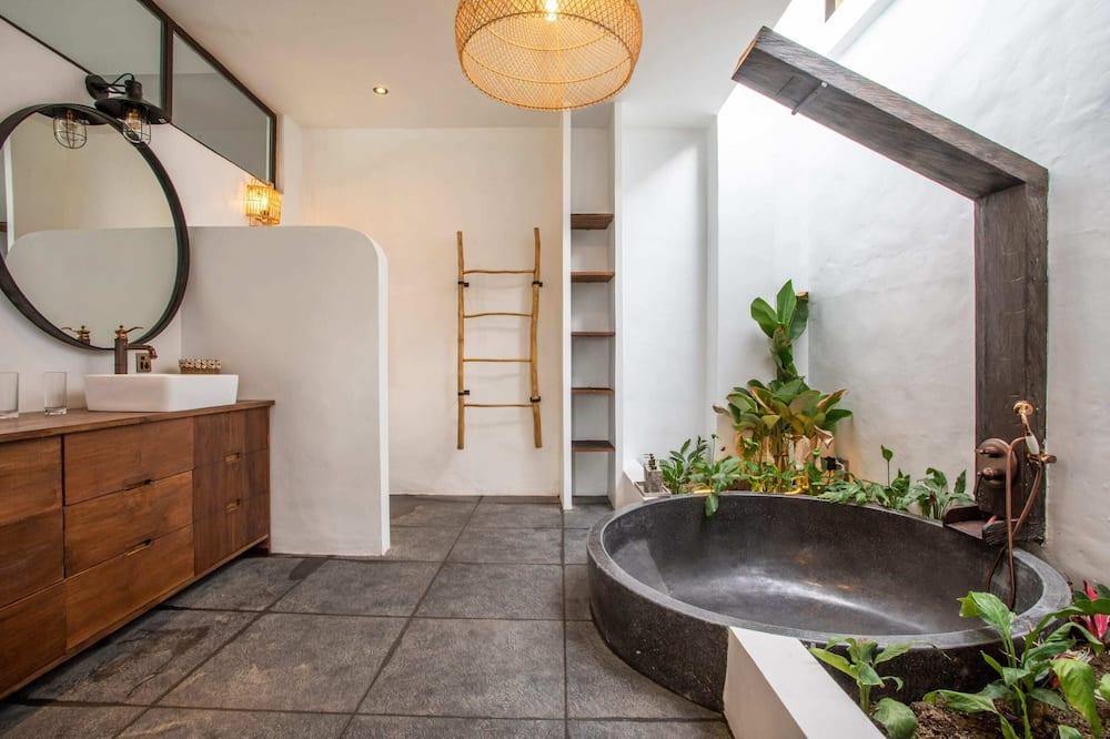 Vila typu Basic, viacero postelí - Kúpeľňa