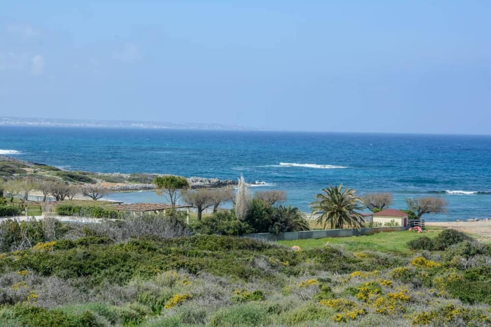 Luxury Villa - Beach/Ocean View