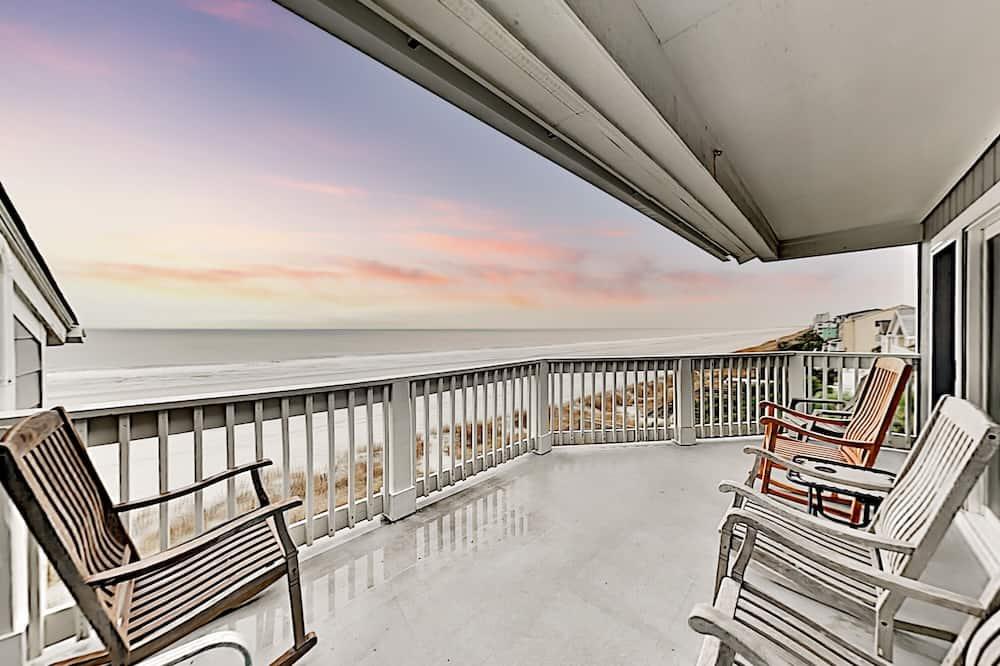 Квартира, 2 спальни - Балкон