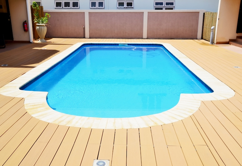 Fully Equipped and Autonomous Apartments 2 Pers for Exciting Holidays Near Beach, Flic-en-Flac, Pool