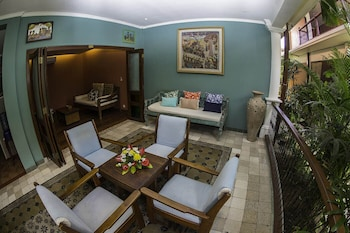 Picture of 2 Bedrooms Vintage Apartment 10 - Balcony,private Kitchen,livingroom,pool in Legian