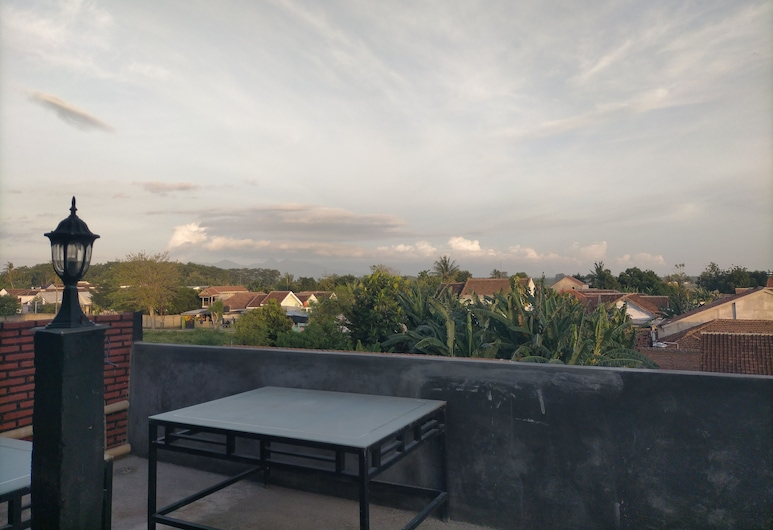 Kendang Kempul Hostel, Banyuwangi, Shared Dormitory, Men only, Terrace/Patio