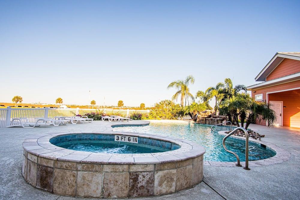 Mestský dom, 3 spálne - Bazén