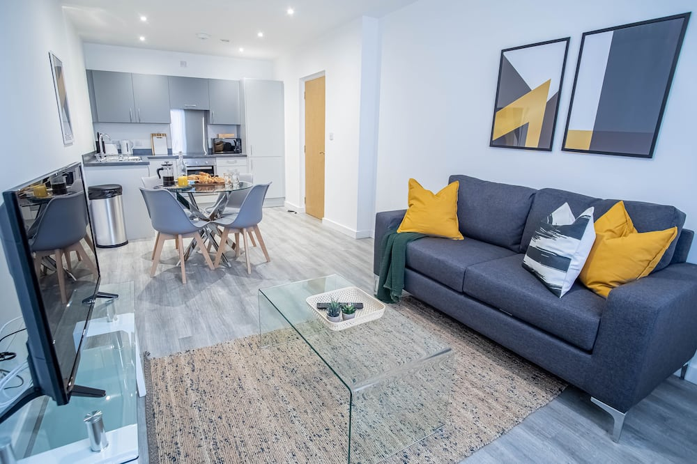 Superior Apartment, 2 Double Beds - Living Room