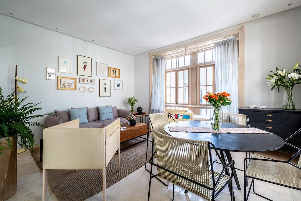 標準公寓 - 客房內用餐