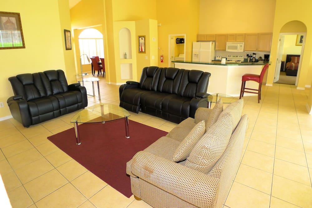 Dom (5 BED POOL HOME IN GOLF COMMUNITY (13) - Obývačka