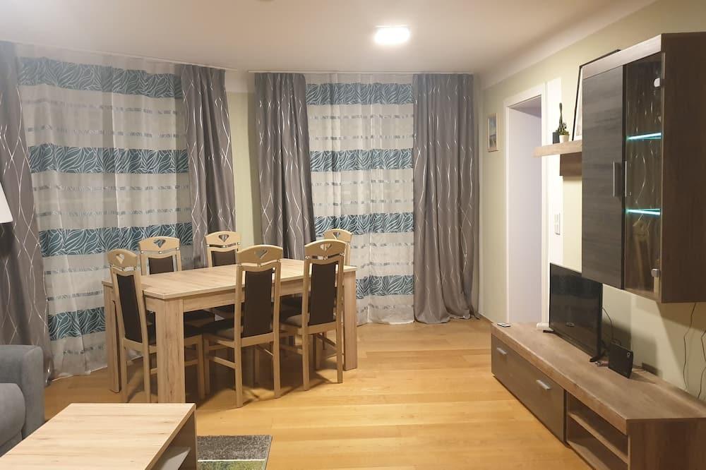 Apartamento, Várias camas - Sala