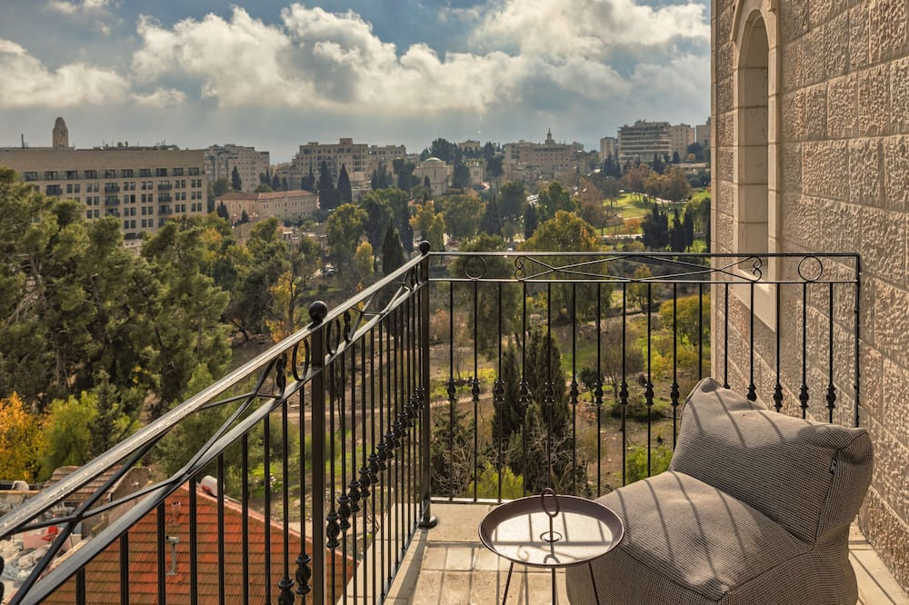 Deluxe Room with Balcony - Balkon