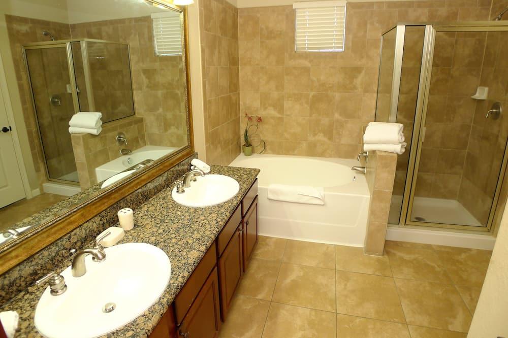 דירה (3 BED RESORT CONDO  (734)) - חדר רחצה