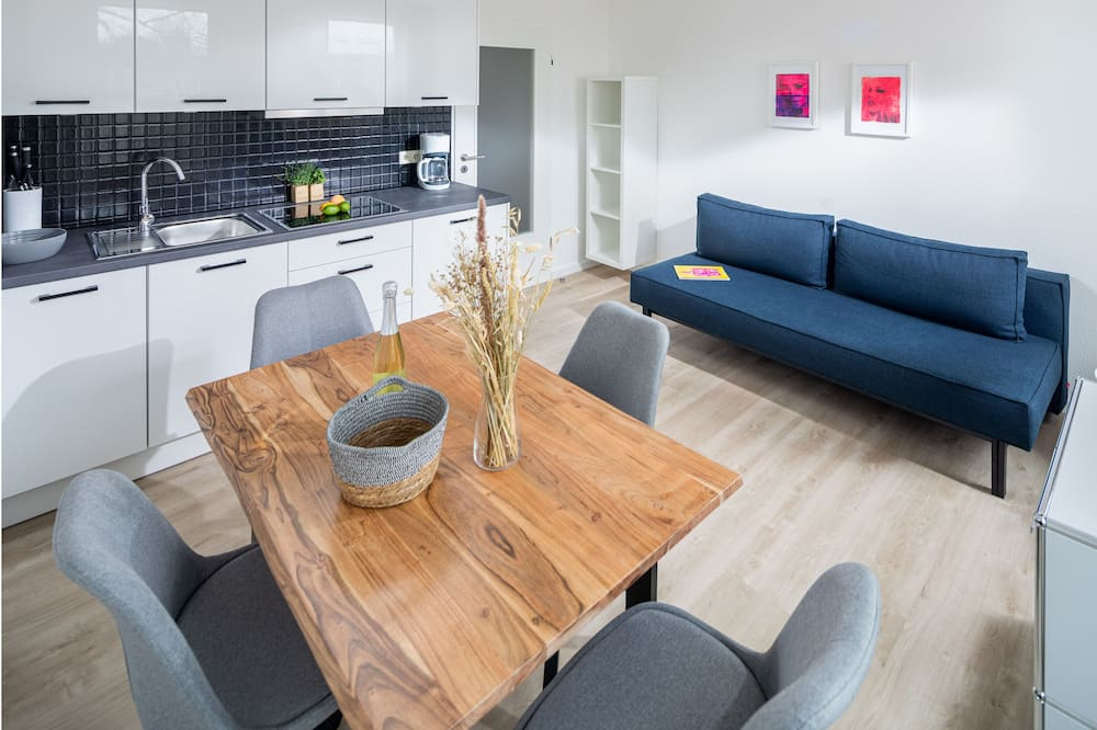 Apartment (5) - Living Area