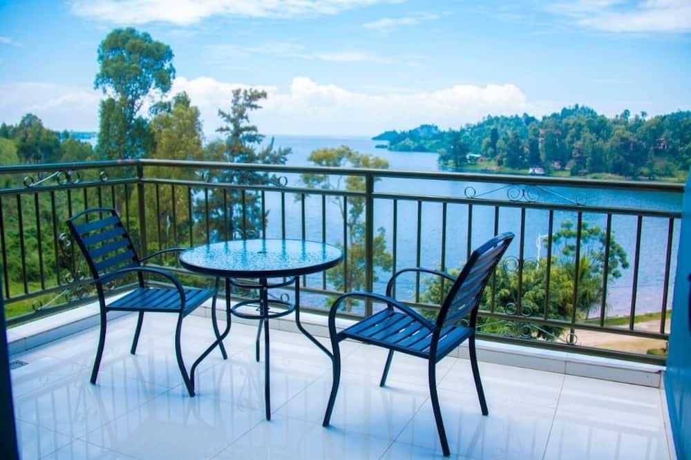 Executive Room, 1 King Bed, Lake View - Lake View