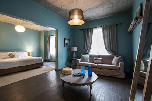 La Roma House
