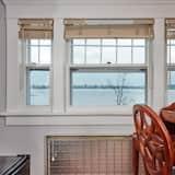 Izba typu Deluxe, 1 veľké dvojlôžko, nefajčiarska izba, výhľad na rieku - Obývacie priestory
