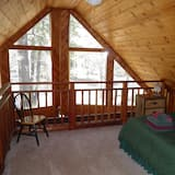 Cabin (Only 7 miles to Heavenly, Huge Deck, ) - Room