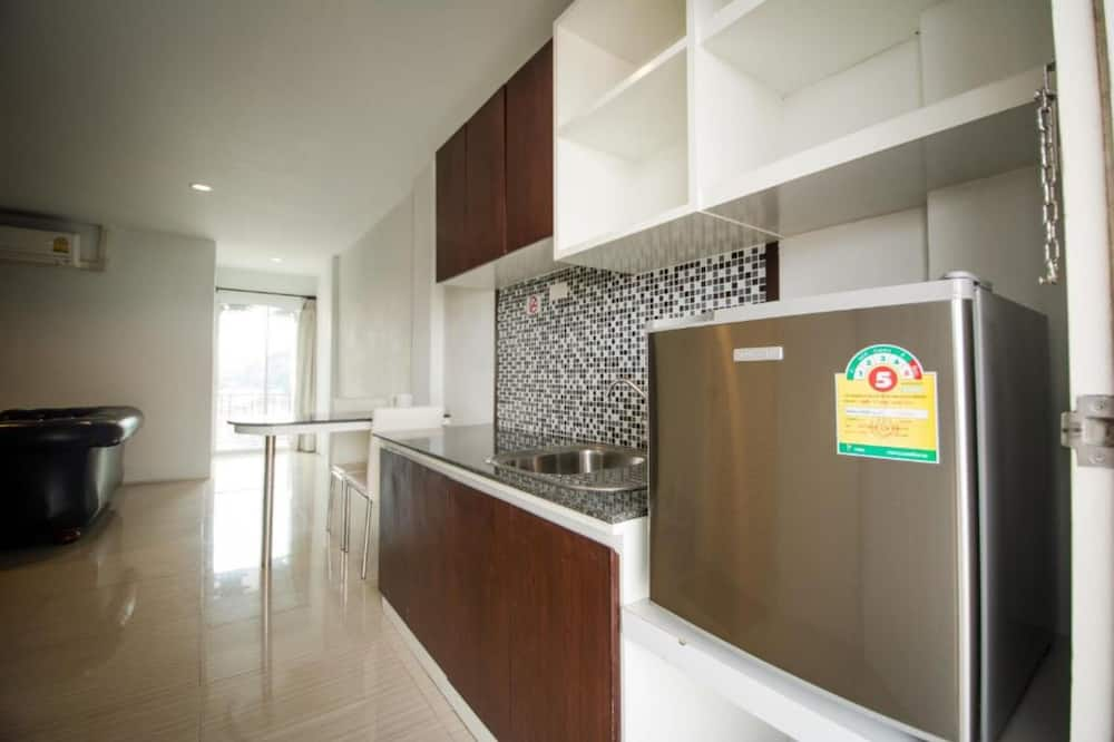 Exclusive Room - Shared kitchen