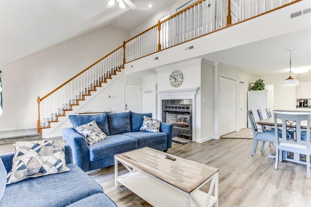 Māja (4100 South Ocean Blvd) - Dzīvojamā istaba