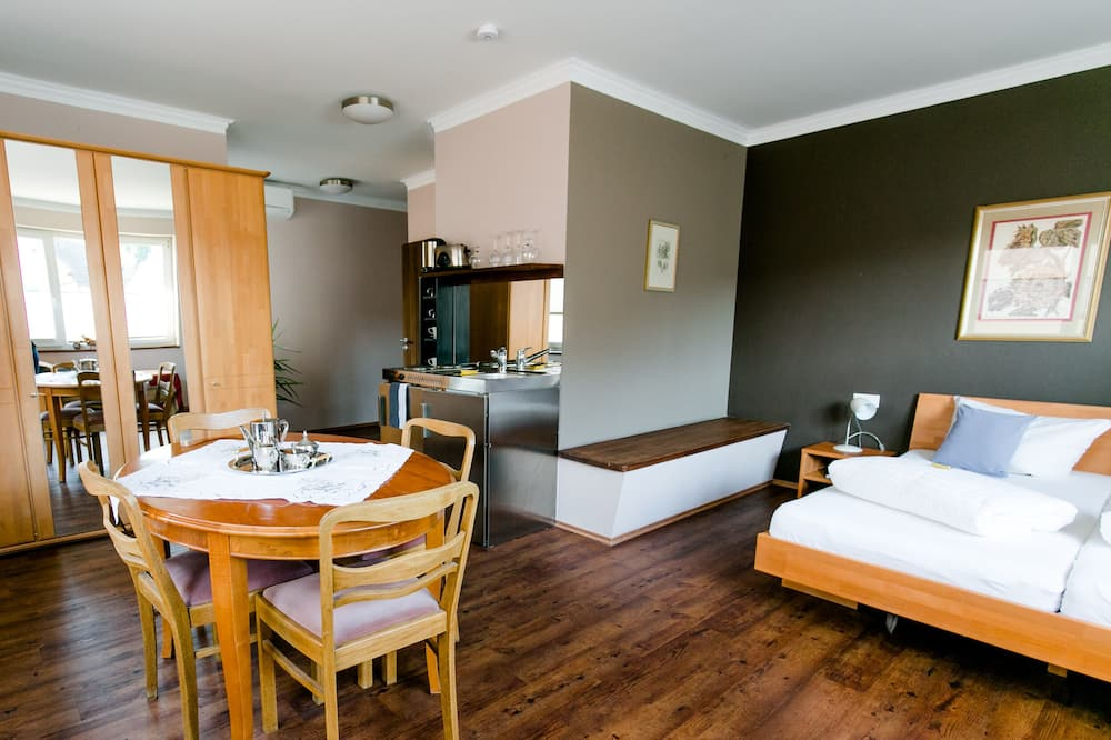 Comfort Room - Living Area