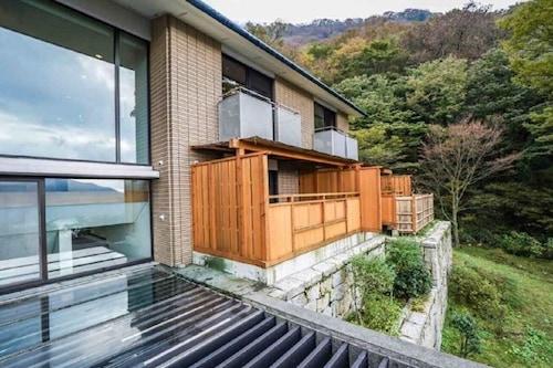 100%天然温泉掛け流し&富士山芦ノ湖絶景ビュー!75㎡
