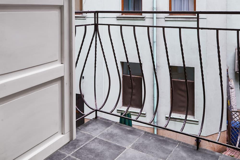 Apartamentai mieste - Balkonas
