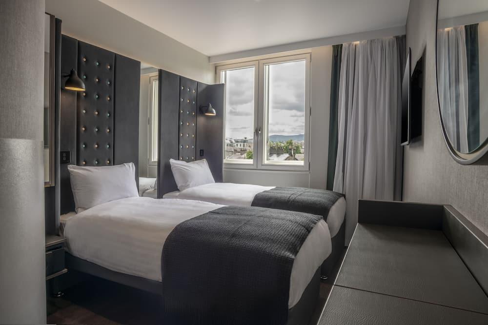 Comfy Twin Room - Guest Room