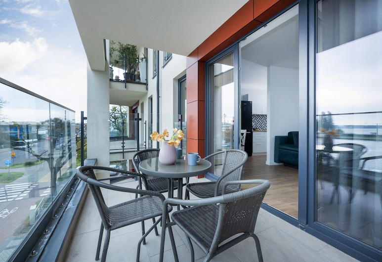 Apartments Nowa Flotylla by Renters, Swinoujscie, Apartment, 1 Bedroom, Balcony, River View, Balcony