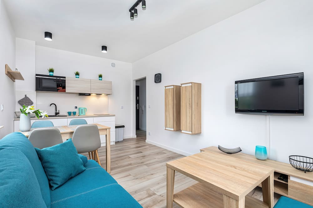 Apartamentai, 2 miegamieji, balkonas, paplūdimyje - Svetainė