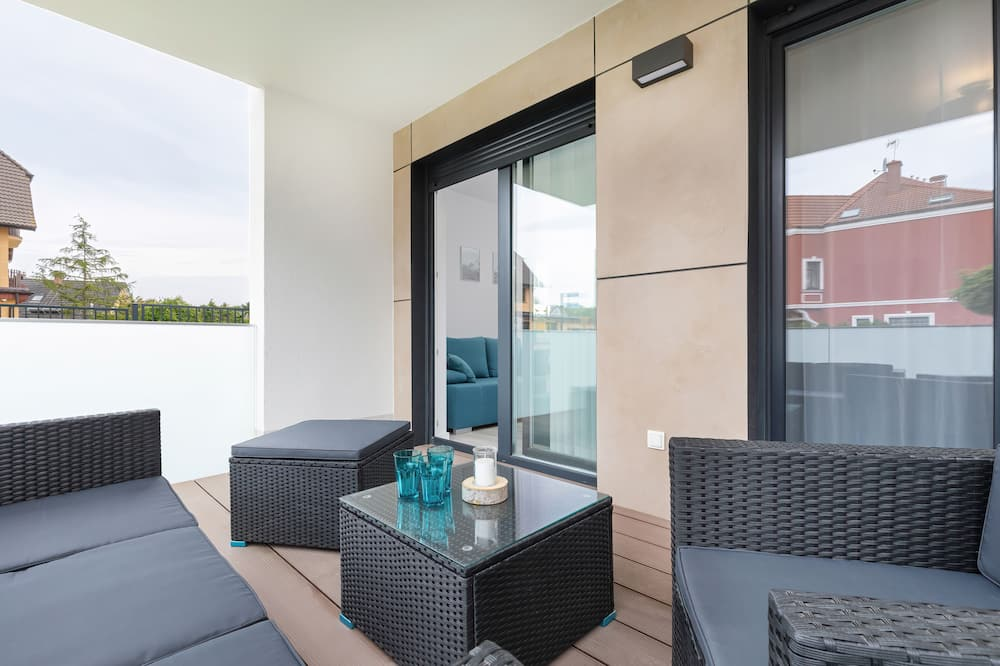 Apartamentai, 2 miegamieji, balkonas, paplūdimyje - Terasa / vidinis kiemas