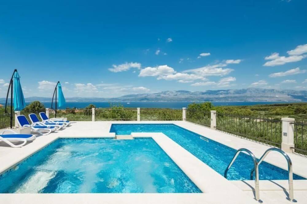 Villa (Three Bedroom Villa with Swimming Poo) - Pool