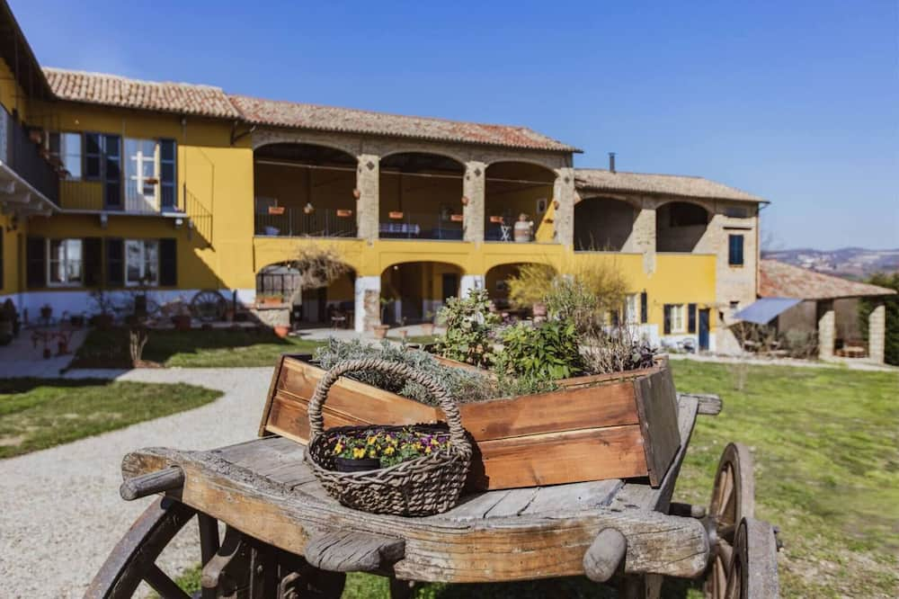 Pet Friendly Country House in Moncalvo